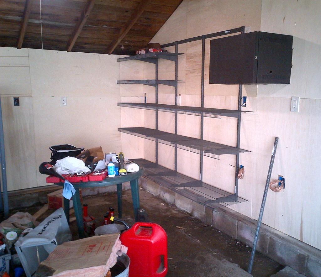 GarageShelving2.jpg