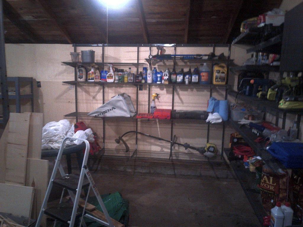 GarageShelving4.jpg