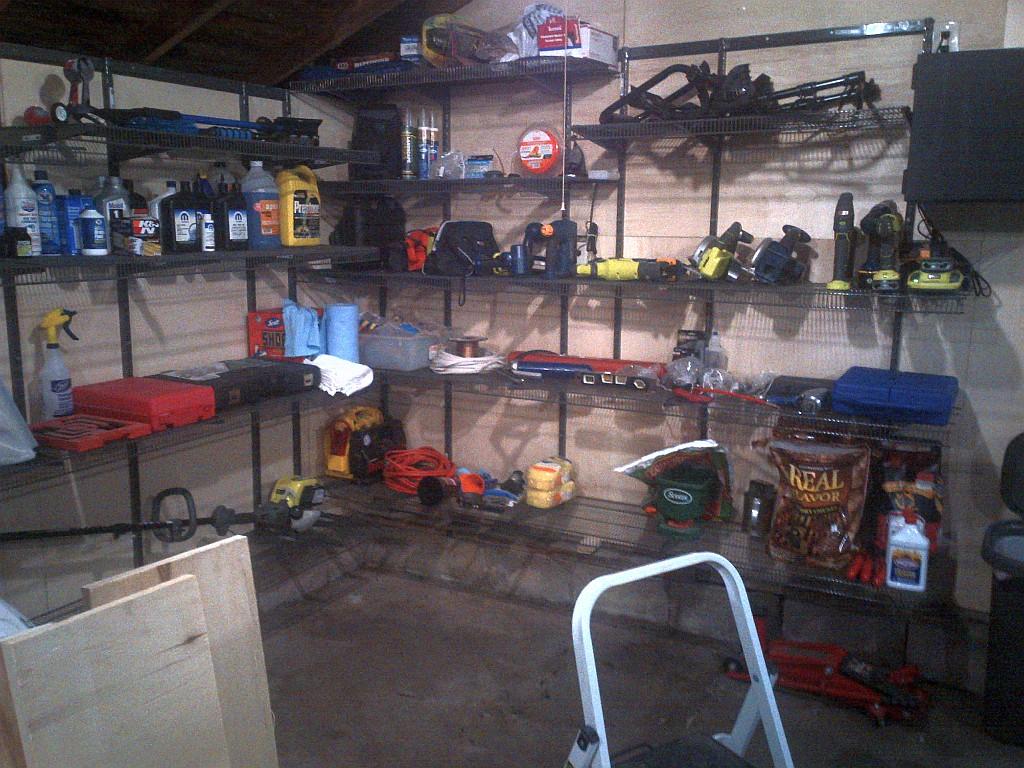 GarageShelving5.jpg
