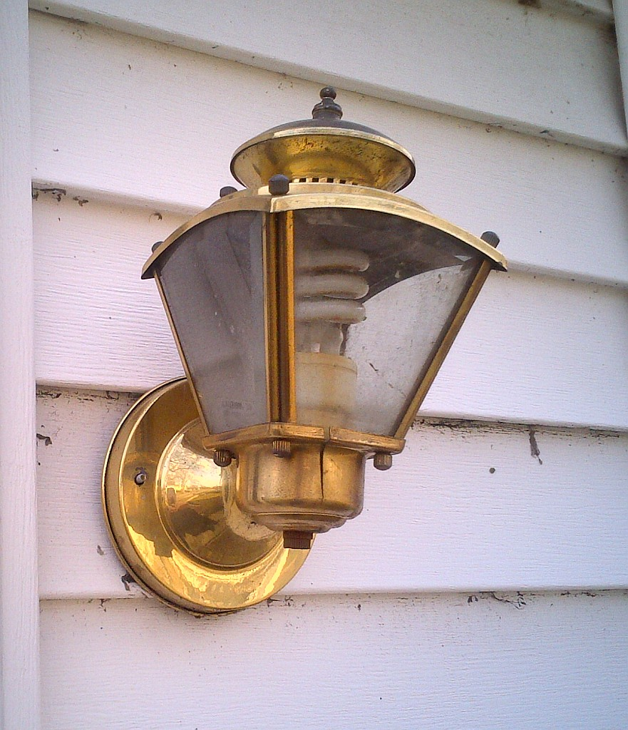 LightFixture1.jpg
